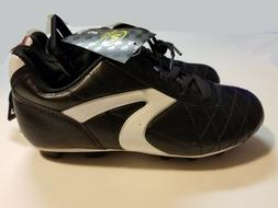 BRAND NEW BOYS/GIRLS SIZE 1 OR 3 ATHLETIC WORKS SOCCER CLEAT