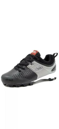 Boys Clubhouse Low Baseball Cleats, Kids, Black/Silver Size