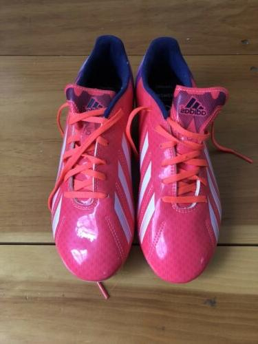 womens comfort soccer cleats size 7
